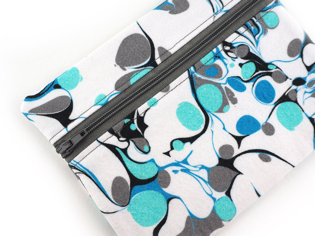 Zipper pouch in marble print fabric