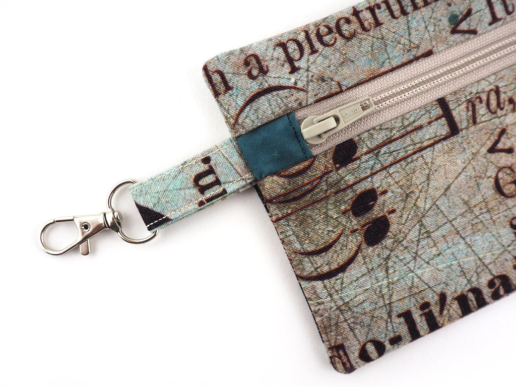 Handmade zipper pouch with clasp