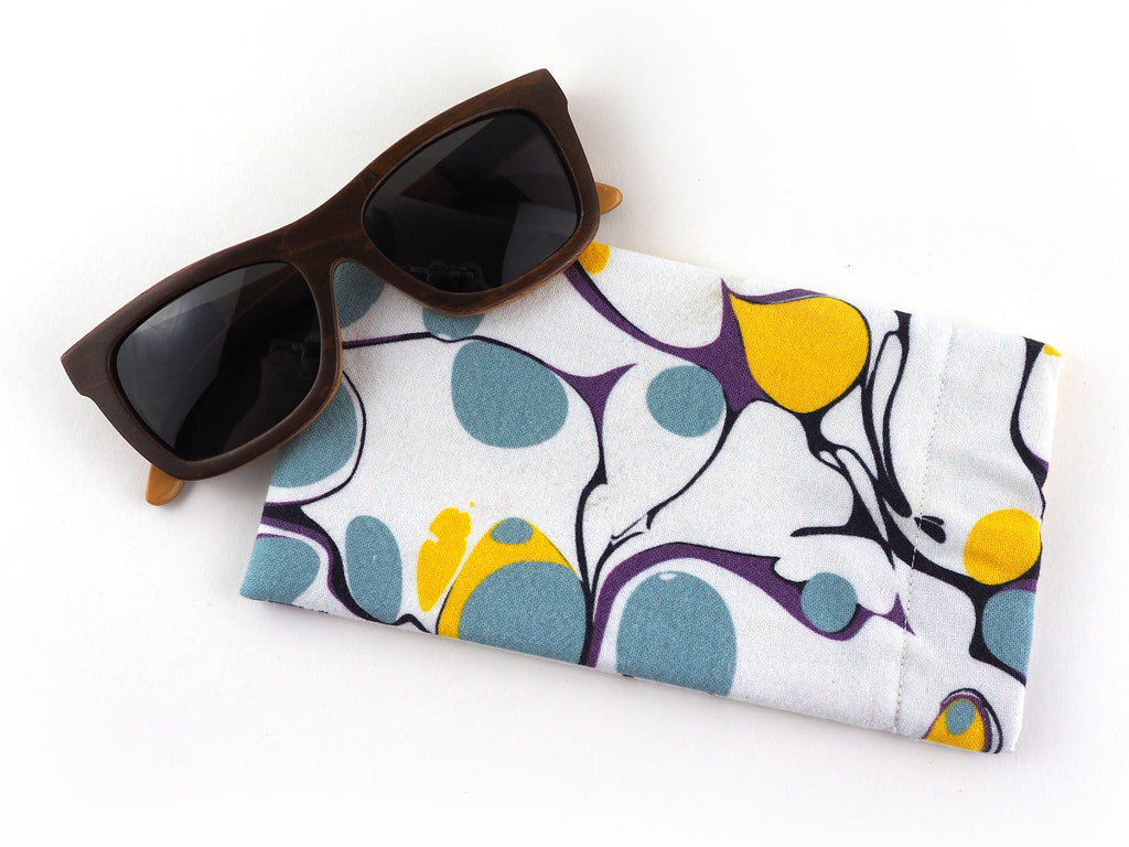 Handmade glasses case in white and yellow marble print