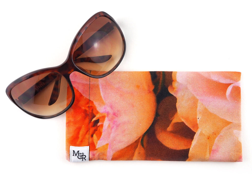 Handmade pink roses sunglasses case with glasses