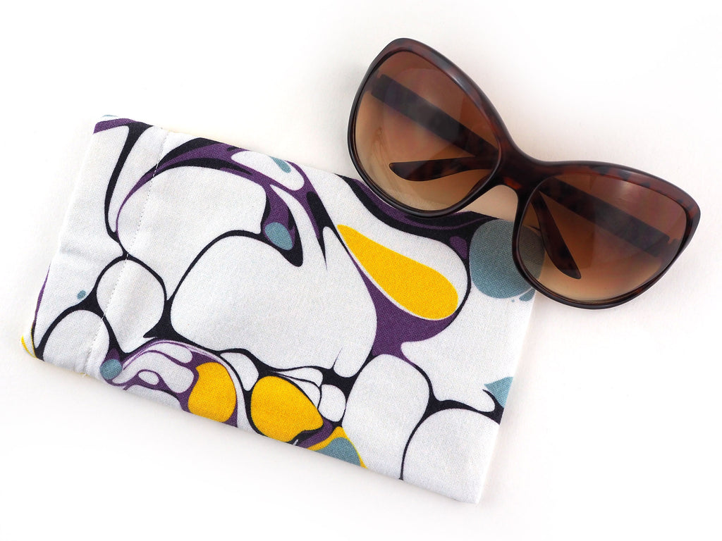 Handmade glasses case in white marble print