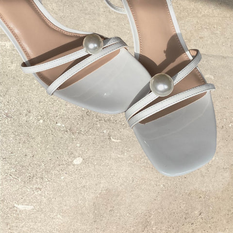 Single Pearl Shoe Clips <br/> **PRE-ORDER** - Alice Bow