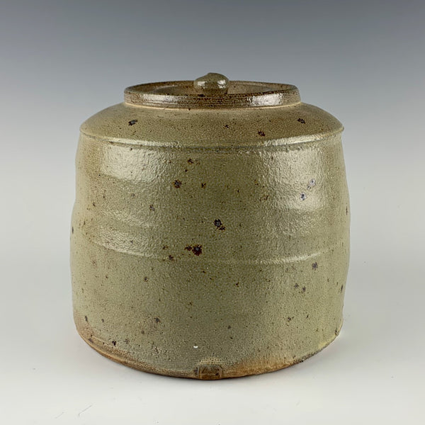 Warren MacKenzie medium jar