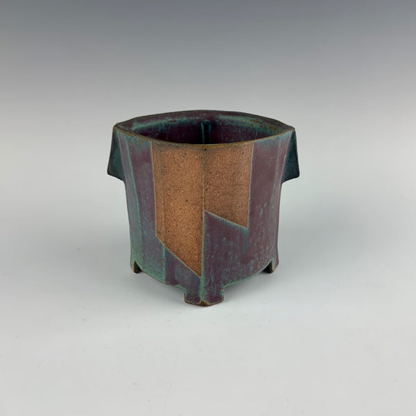 Jeff Oestreich footed vase or planter