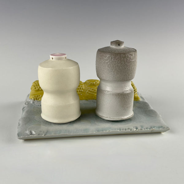 Andy Brayman salt & pepper set with tray