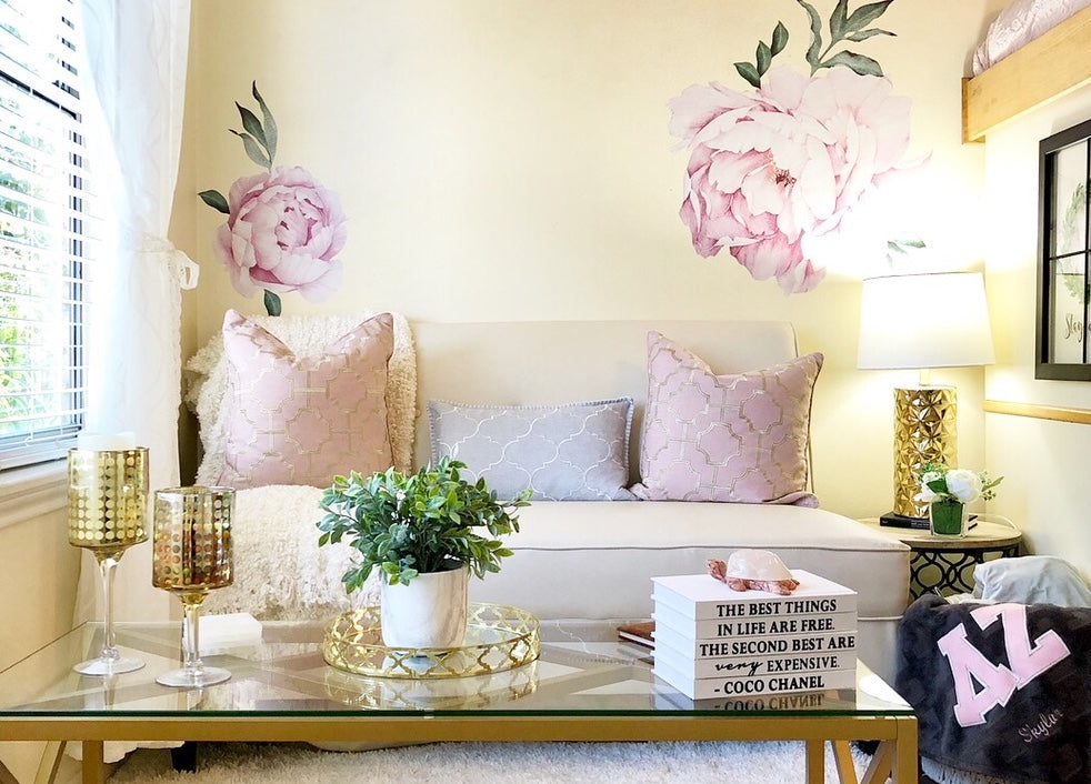 Chic Dorm Makeover at Texas State University