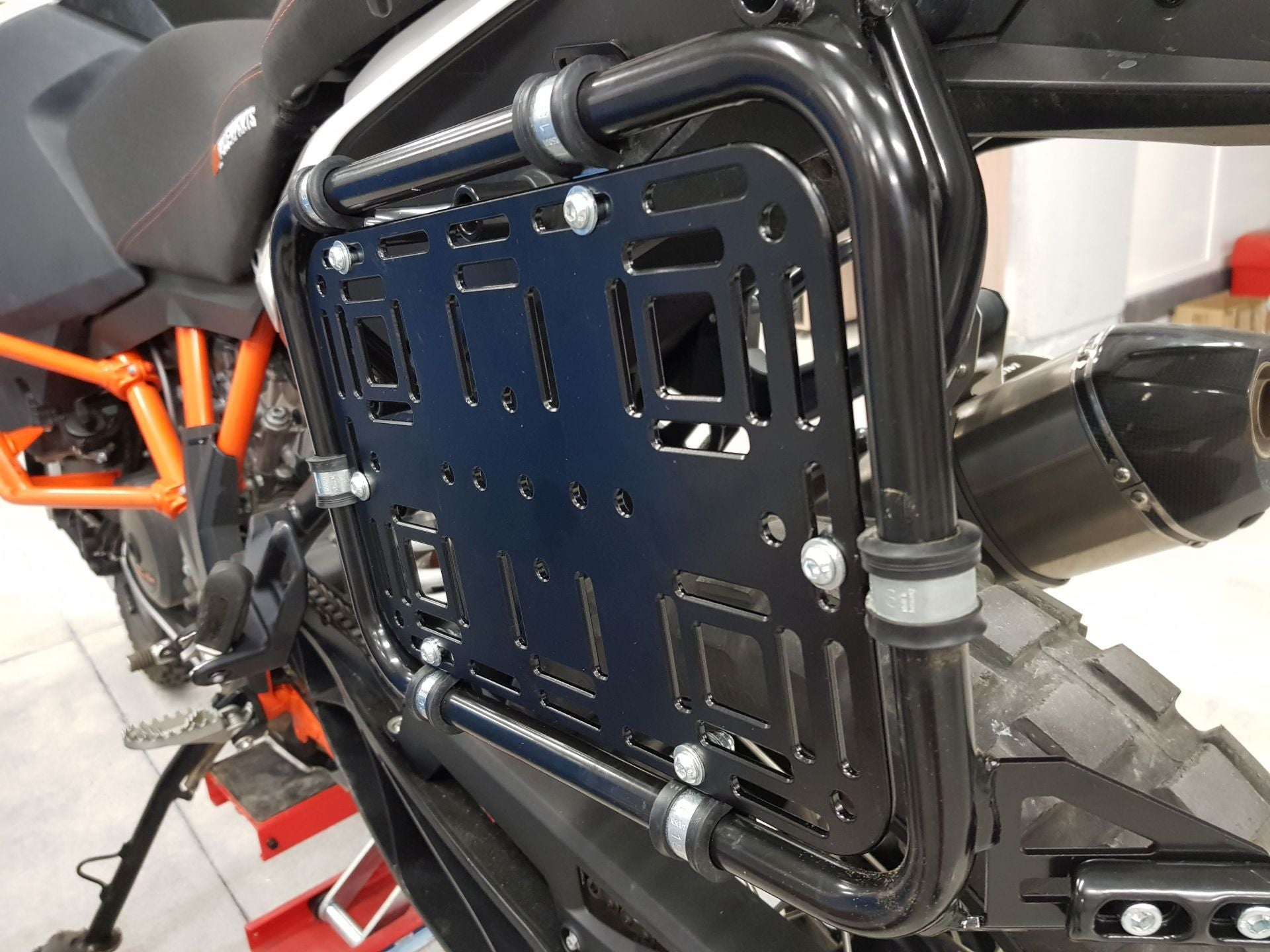 Perun Moto Side Rack Add-On Plate