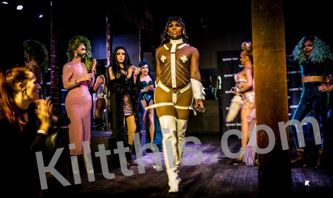 LaSaveona Hunt hosting Miss Vangie Mateo from RuPaul's Drag Race at Queer Bar in Seattle