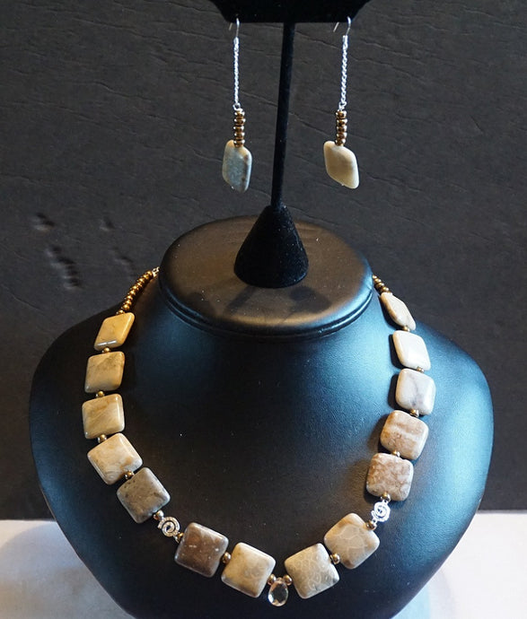 Necklace - Citrine Pendent  Semi-Precious Stoned Necklace Set - Bella LaVie Collection
