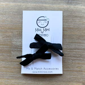 Hand Tied Bows Set of 2 Black