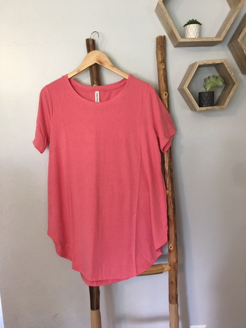 The Favorite Round Hem Tee in Dusty Rose