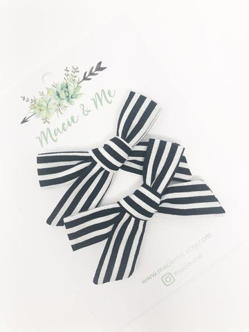 B/W Stripes Headband Or Clip