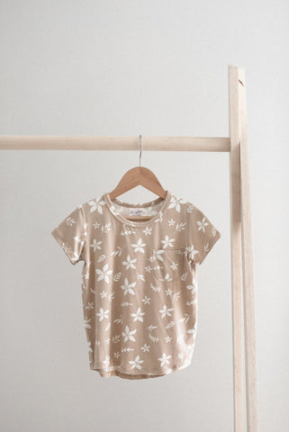 Basic Slouchy Tee in Flora