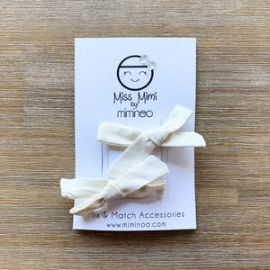 Hand Tied Bows Set of 2 Ivory