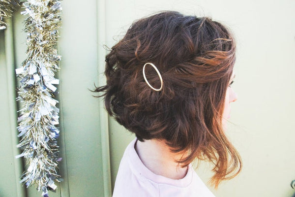 Adult Gold Open Oval Hair Clip