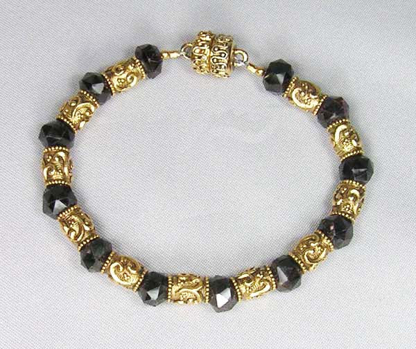 Faceted Garnet Bead Bracelet