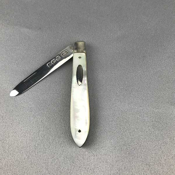 Sterling Silver Pearl Handled Fruit Knife 31