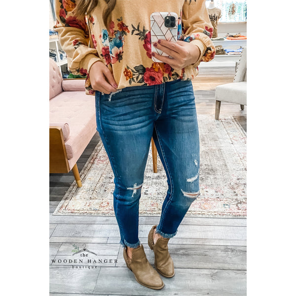 The Lottie Distressed Jeans
