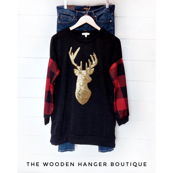 Here Comes Christmas Tunic - The Wooden Hanger Boutique