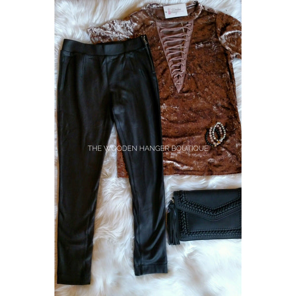 Hailey Side Zip Skinny - The Wooden Hanger Boutique