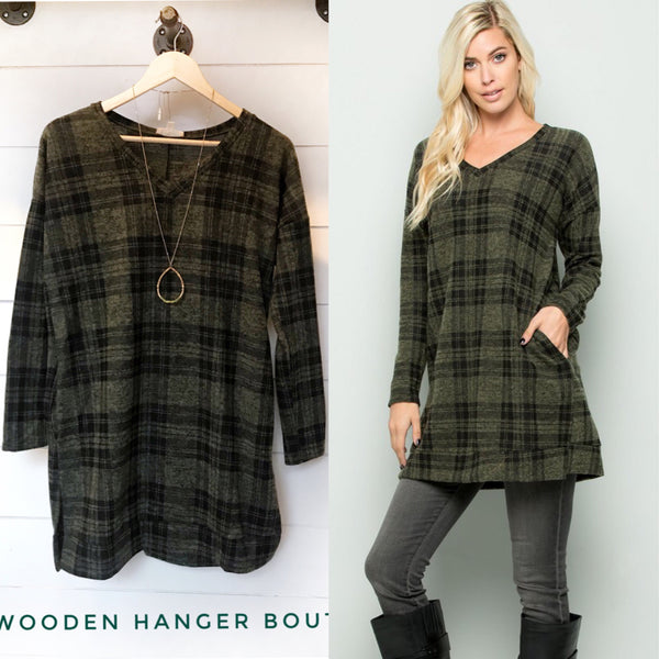CURVY Most Wonderful Time Of The Year Tunic - The Wooden Hanger Boutique