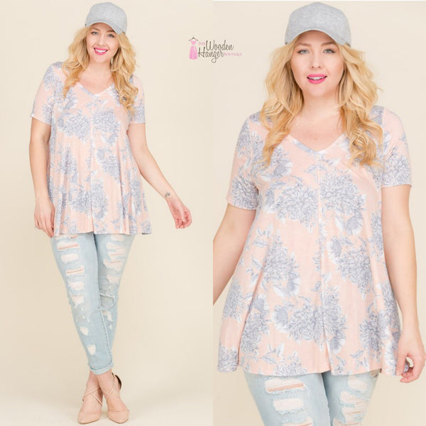 Isle of Palms Pattern Top - The Wooden Hanger Boutique