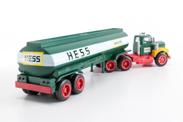 1974 HESS TANKER N/M IN N/M BOX  WORKING LIGHTS