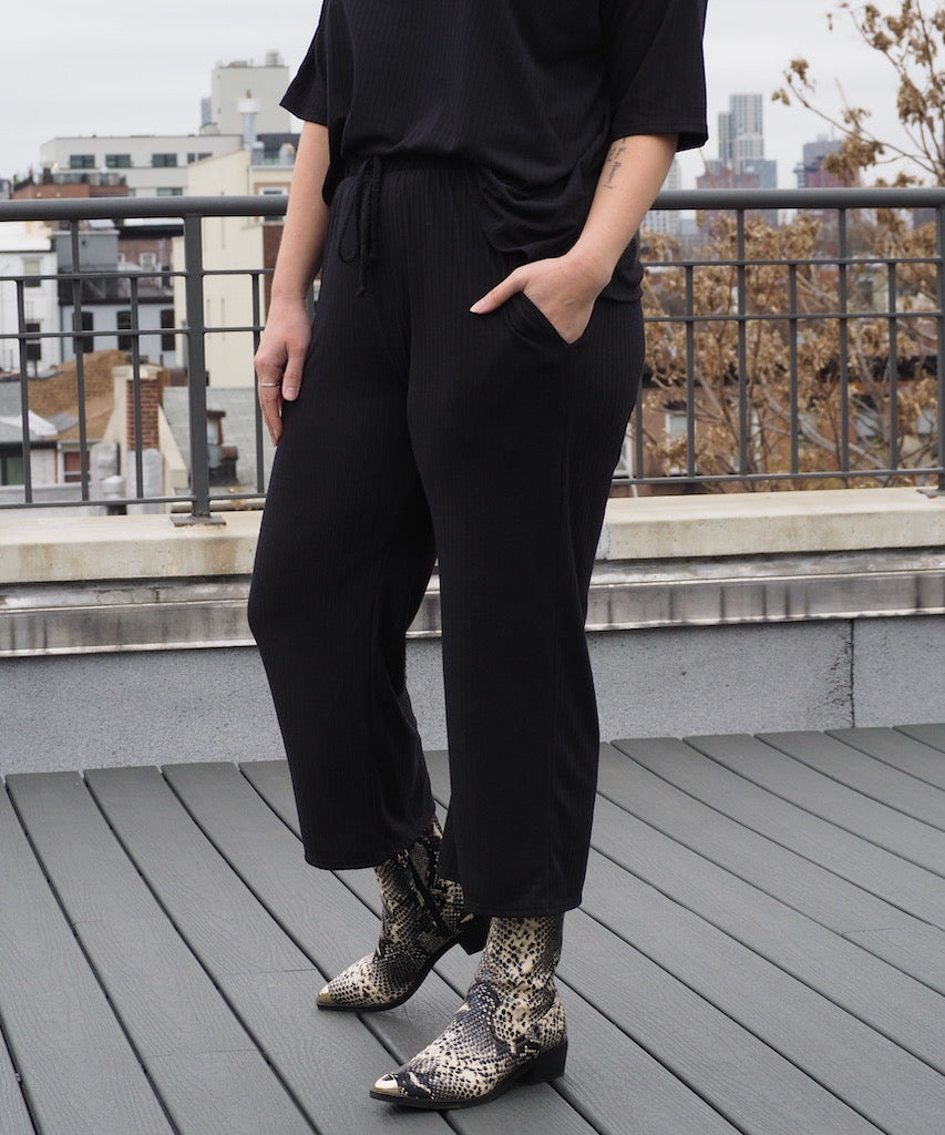 Black Ribbed Pant