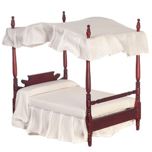 Canopy Bed With White Linen