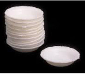 4 Plastic Dishes