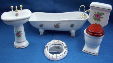 Bathroom Set With Pink Roses