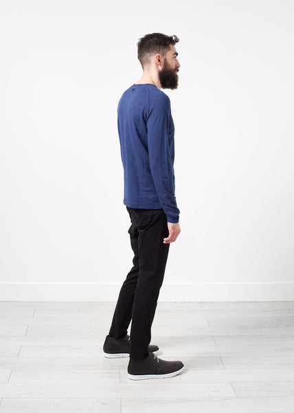 Daris Tee in Blue - Demo