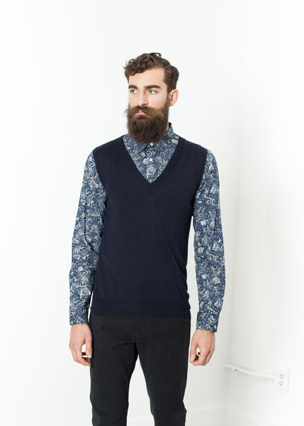 Basic Gilet in Navy - Demo