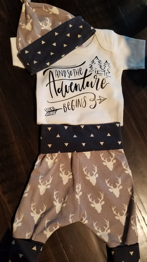 Baby Outfit - Adventure Awaits with Gray Buck and navy triangles