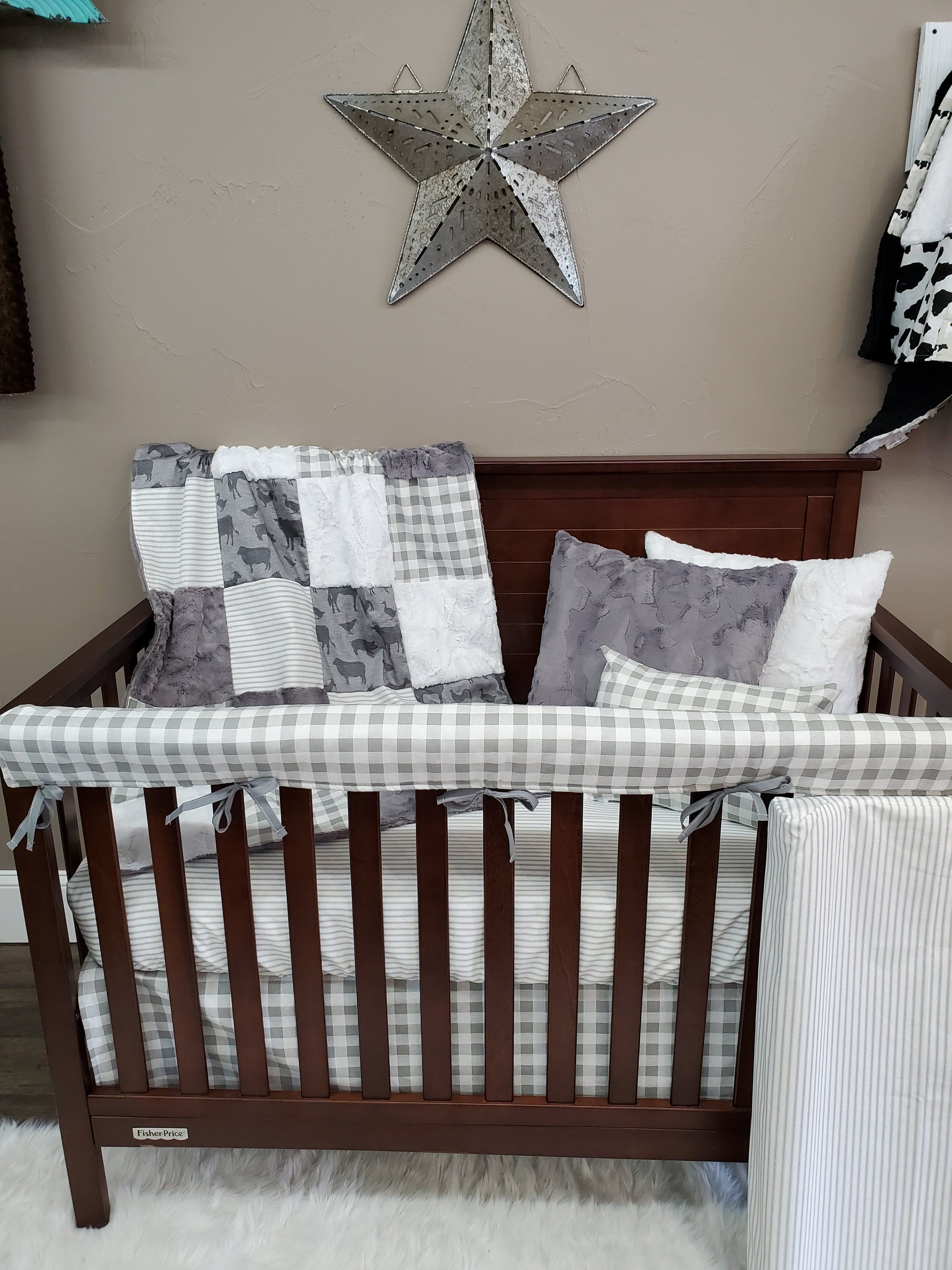 Ready to Ship Neutral Crib Bedding - Farm Animals Bedding Set