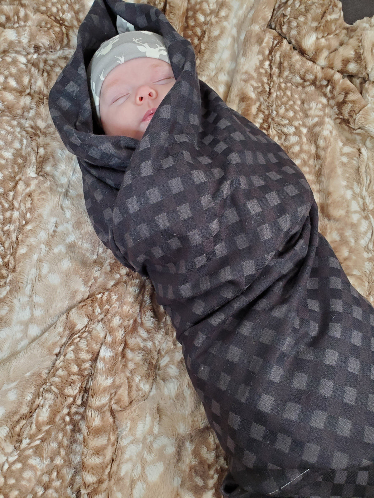 Swaddle Set - Black Plaid and Buck Hat