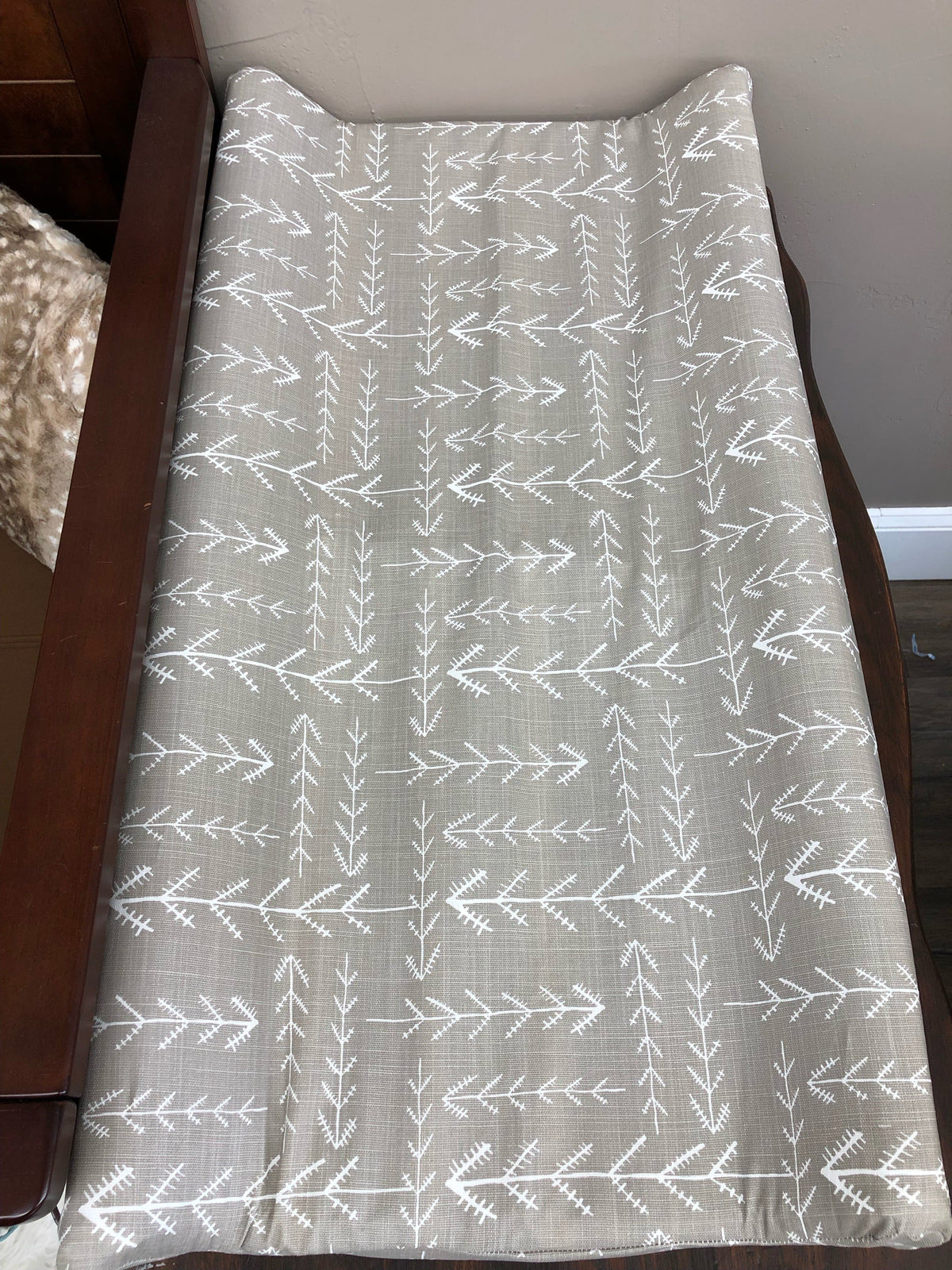 Changing Pad Cover - Ecru Tribal Arrow