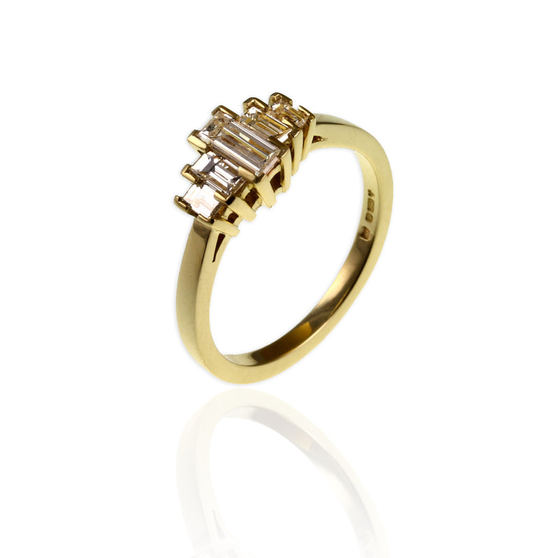 Yellow Gold & Baguette Diamonds Ring