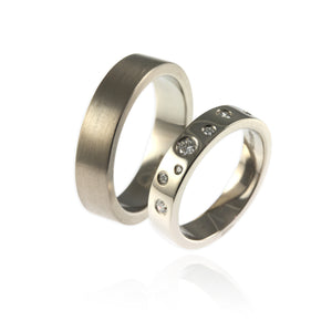 18ct white gold and diamonds wedding bands