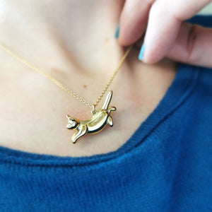 Cat Necklace (leaping)