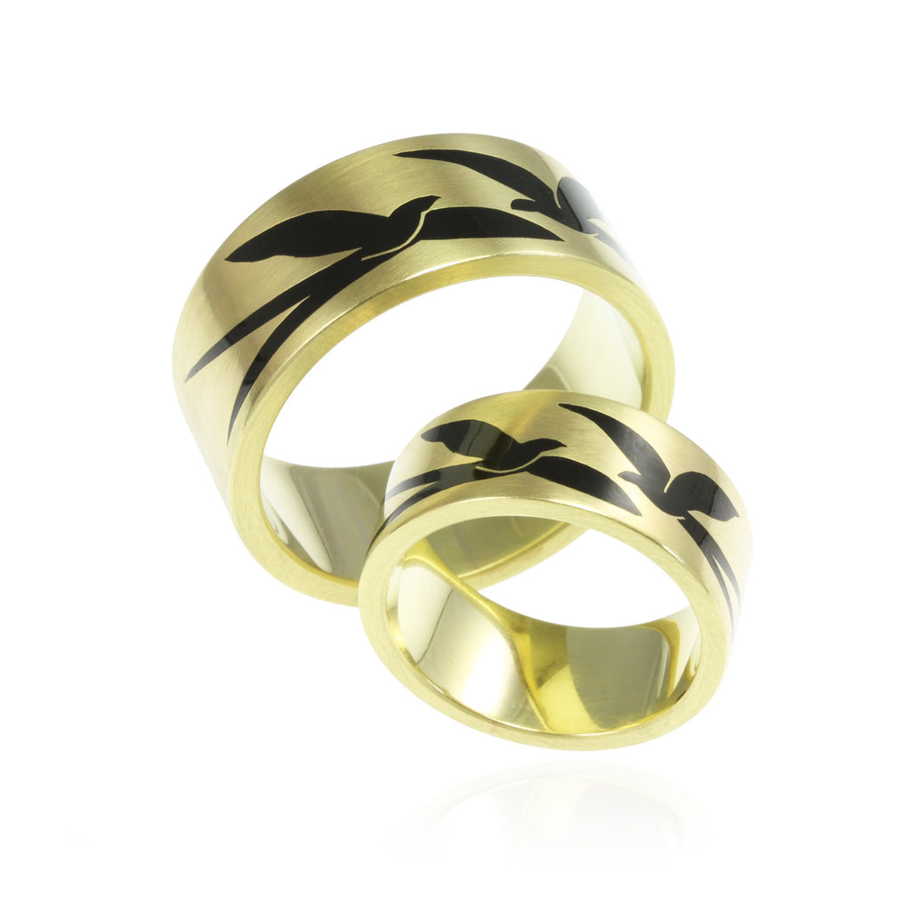 Gold & Enamel Swallow Design Wedding Band Set