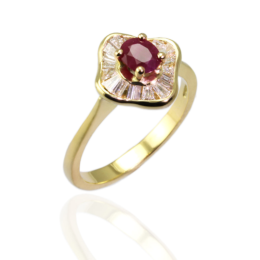 Art Deco Ruby and Diamond 18ct Yellow Gold Ring