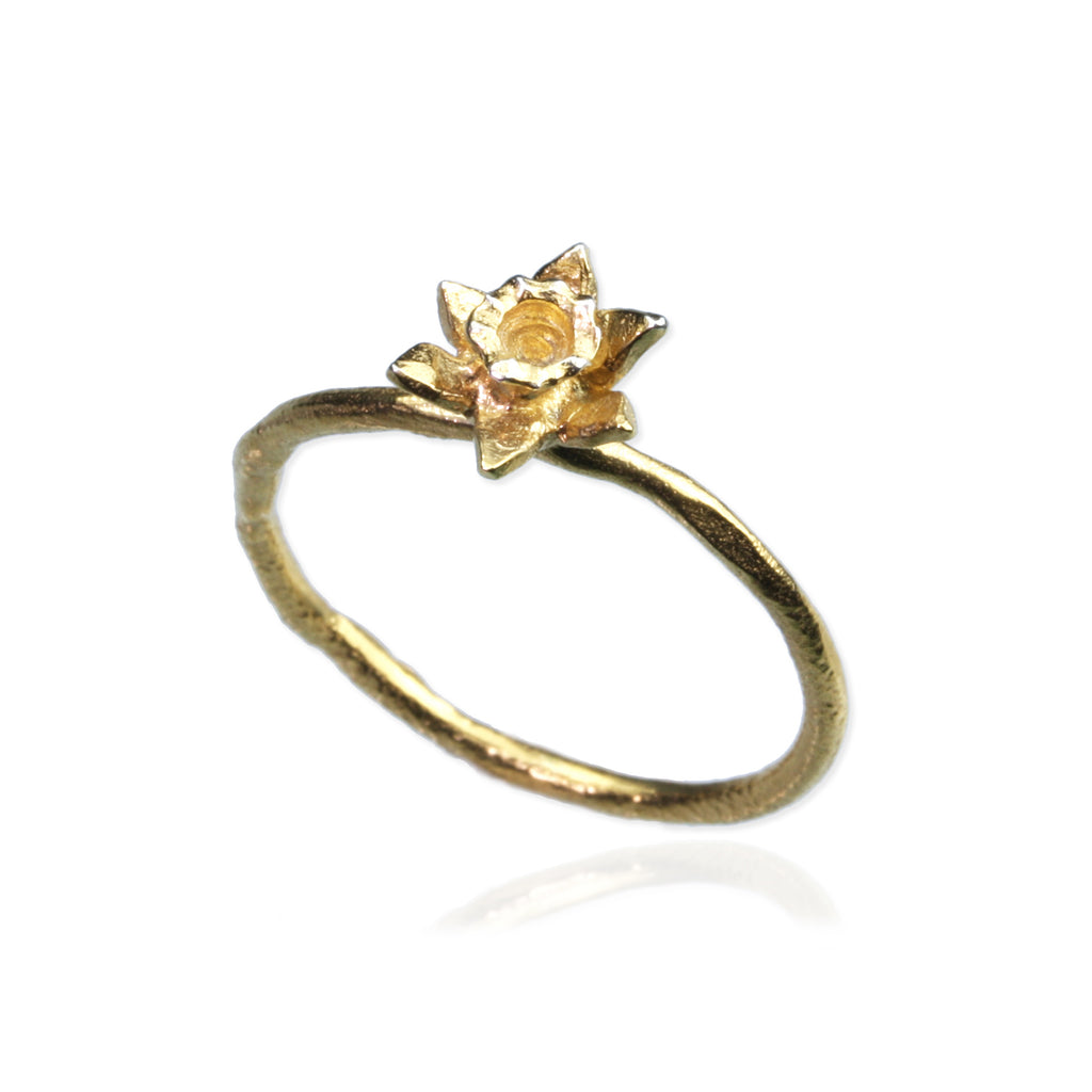 Daffodil Ring - March Birth Flower Ring
