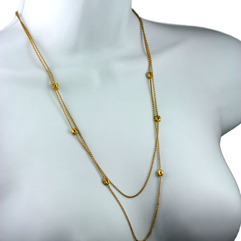 Golden Lip Necklace | Contemporary Jewellery