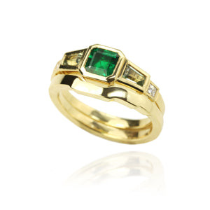 Emerald Ring with fitted Wedding Band