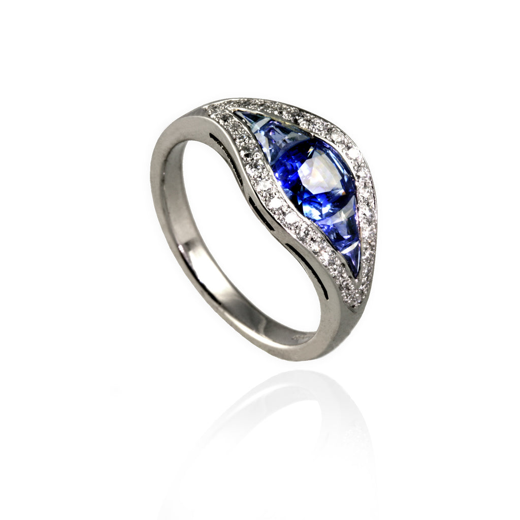 Sapphire and Diamonds Eye Ring