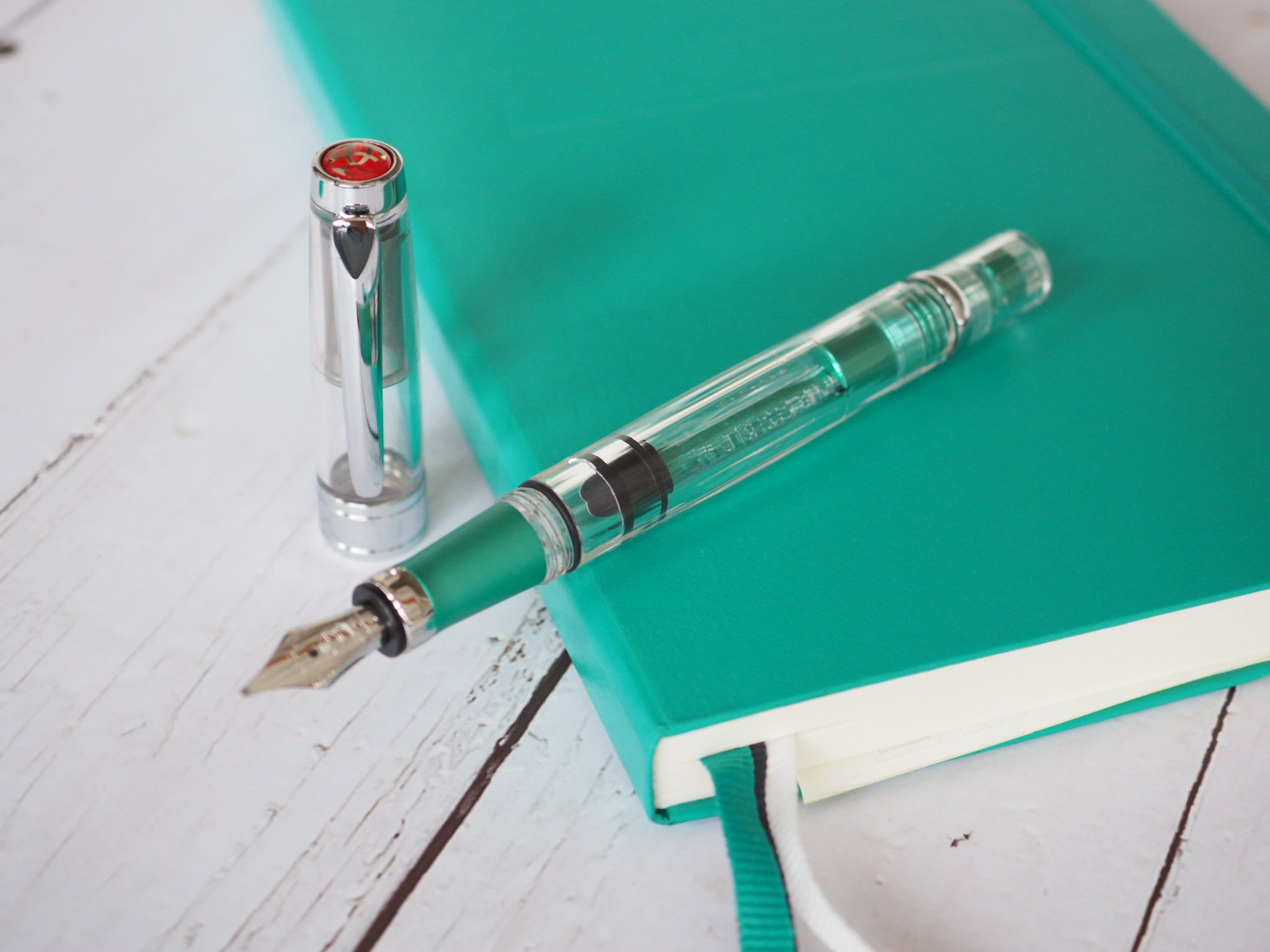 TWSBI Diamond 580AL Fountain Pen Emerald Green Stub 1.1mm