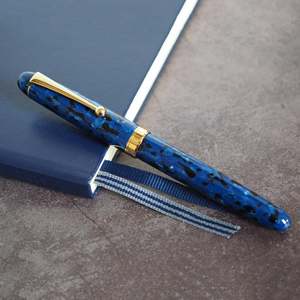 Onishi Handmade Fountain Pen Blue