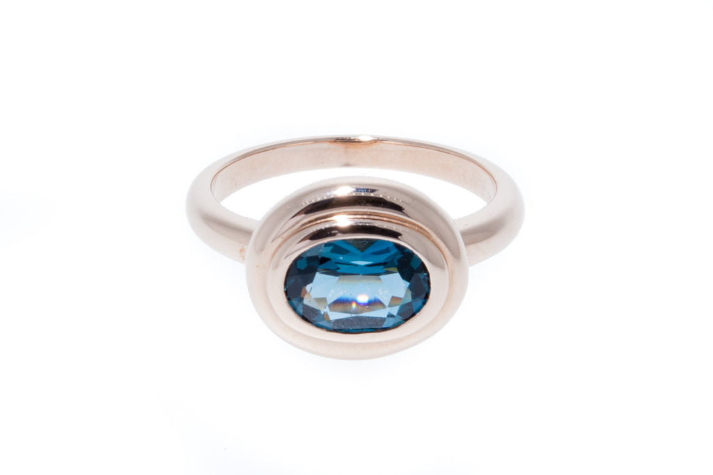 18K Oval London Blue Topaz in Bezel Setting