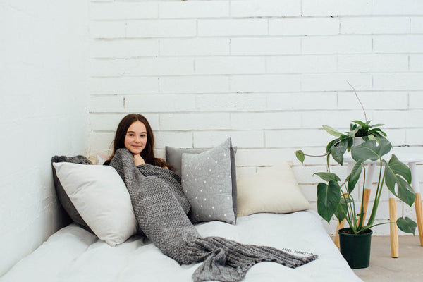 Kids Mermaid Blanket (Ash Gray)